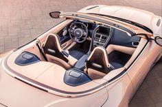 Het heeft even geduurd, maar de vorig jaar gelanceerde Aston Martin DB11 is er nu ook als Volante!
