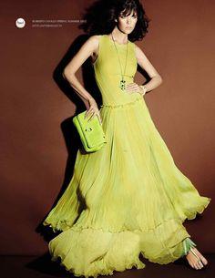 42ce42ed15 Roberto Cavalli Glamorous Dresses, Funky Fashion, High Fashion, Fashion  Models, Womens Fashion