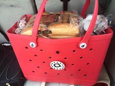 Best Beach Bag, Baseball Mom, Crocs, Bag Accessories, Purses And Bags, Low Carb, Backpacks, Nails, Fun