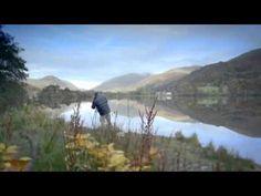 Curso de fotografía Canon EOS - YouTube Camara Reflex Nikon, Fotografia Online, Canon Eos 1100d, Picture Video, Mens Sunglasses, Mountains, Pictures, Travel, Ps