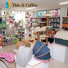 En #Cvp somos el mejor respaldo en salud para tus peluditos, además con nuestro servicio a domicilio puedes solicitar los productos de farmacia y pet shop para mayor comodidad. Llama al 4446287 ext 102 (farmacia) – 4446287 ext 108 (pet shop). #DomicilioCVP #PetShopCVP  #ServiciosCVP  #Mascotas #CVP #PetLovers #Pets #Perros #Gatos #Dogs #Cats #Mascotagram #Petstagram #PetShop #DogLovers #CatLovers #NoAlMaltratoAnimal #LovePets #Instapet #ILoveMyPet #DogLife #Veterinaria