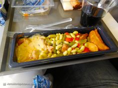 Hot meal (Chicken with mustard, potatoes and vegetables) very good but very few pieces of chicken
