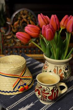 Romanian pottery. Bohemian decor. Coffee Happy Morning, Bohemian Decor, Sweet Home, Europe, Pottery, Magic, Decorations, Coffee, Tableware
