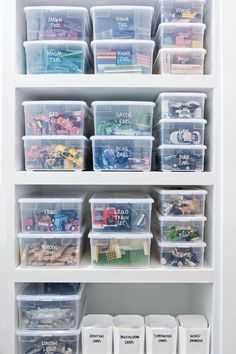 Toy Closet Organization, Medicine Organization, Home Organisation, Organize Craft Closet, Playroom Storage, Toy Storage, Organized Craft Rooms, Organized Home, Kids Craft Storage