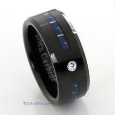 Makes me think of the male version of the tardis ring I want