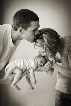 Mom + Daddy + Baby = Happiness Life