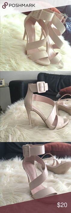 Nude Aldo heels ! Nude Adolfo strapped heels! Worn once. Very cute for date night ! Aldo Shoes Heels