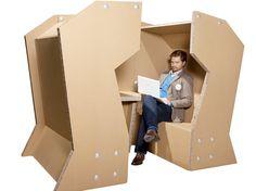 Cardboard Office Desk Design & Other Creative Cardboard Furniture Cardboard Chair, Cardboard Design, Cardboard Paper, Cardboard Crafts, Paper Design, Cardboard City, Thick Cardboard, Diy Design, Design Ideas