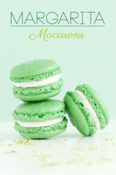 50 Easy french MacaronDo macarons taste better when the prettier they look? Check out these wonderful little macaron recipes! Just Desserts, Delicious Desserts, Yummy Food, Macaroon Cookies, Shortbread Cookies, Macaron Flavors, French Macaroons, Macaroon Recipes, Pavlova