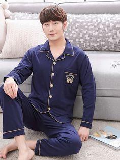 487b6cafa5 Conjunto de pijama de hombres con bordado de letra con botón-Spanish  SheIn(Sheinside. Pijama De HombreConjuntos ...