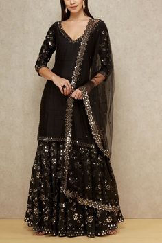 Find most amazing black lehenga designs for your bridal parties here and bold your beauty. Check the exclusively curated list of latest black lehengas. Sharara Designs, Lehenga Designs, Kurta Designs Women, Kurti Designs Party Wear, Pakistani Dress Design, Pakistani Dresses, Black Pakistani Dress, Pakistani Suits, Black Punjabi Suit