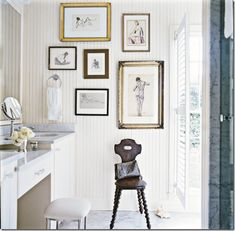 bathroom art wall display white - Bathroom Art Ideas