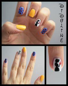 Snow White nails!!