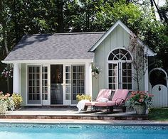 and Pool House Ideas Find ideas and inspiration for a grand pavilion patio structure for outdoor relaxation and entertaining.Find ideas and inspiration for a grand pavilion patio structure for outdoor relaxation and entertaining. Pool Spa, Pool Cabana, My Pool, Outdoor Rooms, Outdoor Living, Small Pool Houses, Small Pools, Tiny Houses, Living Pool