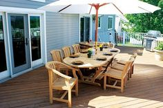 Search for the perfect outdoor furniture for summer – useful tips for your patio or garden Patio Ideas For Small Yards, Small Backyard Patio, Modern Backyard, Small Yard Design, Deck Design, Home Design, Design Ideas, Teak Outdoor Furniture, Porch Furniture