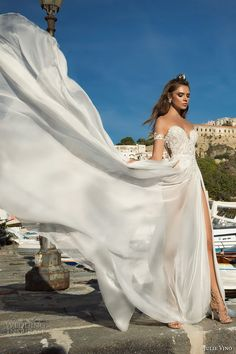 julie vino fall 2017 bridal strapless sweetheart neckline heavily embellished bodice tulle skirt princess romantic side split a line wedding dress (1204) mv