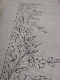 Art Patterns Pattern Art Floral Border Embroidery Art How To Draw Hands Stencils Embroidery Designs Hand Reference Templates Hand Embroidery Flowers, Vintage Embroidery, Ribbon Embroidery, Embroidery Art, Embroidery Stitches, Hand Quilting Patterns, Border Embroidery Designs, Floral Border, Border Design
