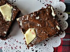 Peppermint Bark Brownies...every part of me wants these right now, no part of me needs to be eating them!