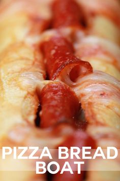 Here's what you will need: 1 Baguette 8 oz Mozzarella Cheese oz) jar of pizza sauce 10 - 15 presliced pepperoni Instr. Tasty Videos, Food Videos, Quick Recipes, Cooking Recipes, Buzzfeed Tasty, Appetizer Recipes, Appetizers, Italian Recipes, Food Dishes