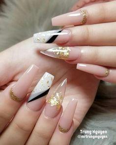 All acrylic nails design #allacrylic #coloracrylic #nails #nailsonfleek #nailswag #naildesigns #nailfashion #fashion #fashionblogger…