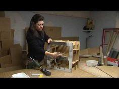 Créatrice de meubles en carton