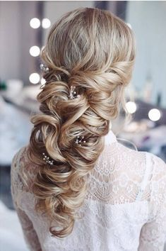 Tonya Pushkareva Long Wedding Hairstyle for Bridal via tonyastylist / http://www.himisspuff.com/long-wedding-hairstyle-ideas-from-tonya-pushkareva/11/