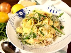 Pasta med tonfisksås och kapris | Recept från Köket.se