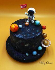 Beautiful Cakes, Amazing Cakes, Solar System Cake, Planet Cake, Galaxy Cake, 4th Birthday Cakes, Love Cake, Chocolate Desserts, Themed Cakes