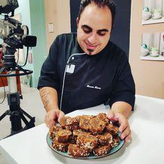 """29 """"Μου αρέσει!"""", 0 σχόλια - Savvas Savva (@savvas_savva_chef) στο Instagram: """"Ταξίδι Γεύσεων 18/09/2020 #pluschannelcy #foodnewscy Παξιμάδακια με Χαρουπόμελο και Σταφίδες Δείτε…"""""""