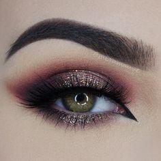 beautiful eye make up for a autumn evening Makeup Goals, Makeup Inspo, Makeup Inspiration, Makeup Tips, Beauty Makeup, Makeup Ideas, Makeup Style, Makeup Trends, Holiday Makeup