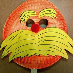The Lorax mask - Dr. Seuss crafts for kids Dr. Seuss, Dr Seuss Week, Daycare Crafts, Classroom Crafts, Preschool Crafts, Dr Seuss Activities, Preschool Activities, Library Activities, Der Lorax