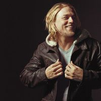 if you don't know who charlie hunnam is - you should! (aka jax) loving the leather jacket too.