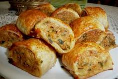 Spicy Chicken Rolls Spicy Chicken Rolls – a lovely addition to your Afternoon/High Tea or as an Hors'doevre at your Party ~ Tea Recipes, Cooking Recipes, Savoury Recipes, Mini Pie Recipes, Recipies, Amish Recipes, Dutch Recipes, Grill Recipes, Budget Recipes