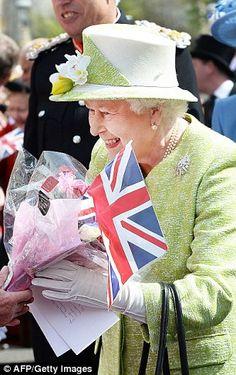Bake Off winner Nadiya Hussain makes cake for Queen on 90th