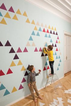 Fun graphic wall design for a play room.
