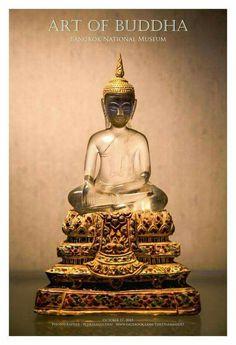Thai Buddha Statue, Buddha Art, Buddha Statues, Laos, Art Thai, Theravada Buddhism, Traditional Stories, Gautama Buddha, Camera Photography