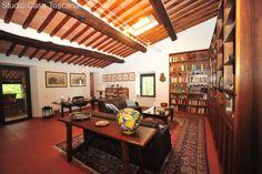 Immobilienangebot - Castelnuovo Val di Cecina - Restauriertes Anwesen mit 100Hektar Grund und Meerblick