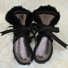 Uvwp 2017トップ品質ファッション女性雪のブーツ本物の羊の革冬のブーツ100%自然毛皮暖かいウール女性ブーツ
