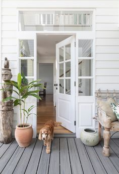 This revamped holiday home, perfectly positioned on Queensland's glorious Sunshine Coas, is an idyllic hideaway for several generations of the one family.