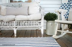 FARMHOUSE 5540: Our Farmhouse Front Porch