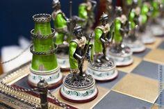 Шахматная доска, шахматы – сразу представляется что-то умное и несколько загадочное. И действительно загадочное, просто по той причине, что сегодня шахматы из популярной игры превратились во что-то элитарное, не для... Read more » #AllThingsChess Board Game Pieces, Board Games, Chess Boxing, Carved Wooden Animals, Game Room Bar, Chess Set Unique, Chess Table, Kings Game, Chess Players