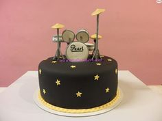 Pastel-tarta-decorado-fondant-bateria-amelia-bakery_water Music Themed Cakes, Music Cakes, Music Themed Parties, Baby Boy Birthday Cake, Adult Birthday Cakes, Drum Cake, Party Rock, Cake Decorating Techniques, Partys