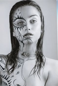 Portraits with Black Psychedelic Patterns by Alana Dee Haynes - Fubiz Med . - Portraits with black psychedelic patterns by Alana Dee Haynes – Fubiz Media - Mixed Media Photography, Creative Photography, Art Photography, Artistic Portrait Photography, Psychedelic Pattern, Psychedelic Art, Psychedelic Makeup, Mode Collage, Effects Photoshop