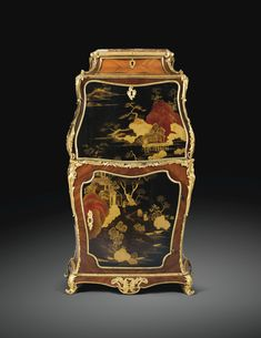 Exceptionnel secrétaire en laque du Japon, placage de bois de rose et d'amarante et montures de bronze doré d'époque Louis XV, estampillé I.F. DUBUT, vers 1750 AN EXCEPTIONAL LOUIS XV GILT-BRONZE MOUNTED TULIPWOOD AND JAPANESE LACQUER SECRÉTAIRE, STAMPED I.F.DUBUT, CIRCA 1750