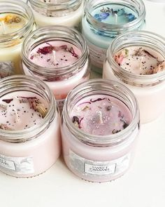 Soy Candle/Choose Your Scent// Container Candle //Hand Poured, Soy, Clean Burning Candle, Added - Candle Making Creation Bougie, Velas Diy, Homemade Scented Candles, Candle Making Business, Mini Candles, Candle Containers, Christmas Candle, Christmas Gifts, Candle Wax