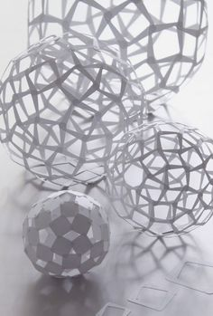 60 SQUARE SPHERES: wonderful machine cut paper work by prof. Kirigami, Origami Paper, Diy Paper, Paper Cutting, Architecture Origami, Wonderful Machine, Do It Yourself Inspiration, Paper Engineering, Paper Folding