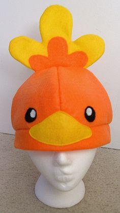 Torchic Hat by Red-Flare on DeviantArt Pokemon Beanie, O Pokemon, Fleece Hat Pattern, Plush Pattern, Frog Costume, Fleece Hats, Fleece Blankets, Red Flare, Diy Hat