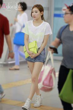 SNSD TaeYeon @ Airport
