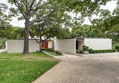 Designed in 1967 by noted Fort Worth architect Lee Roy Hahnfeld