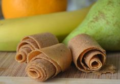 In 1 woord: Heerlijk. Zorg ervoor dat je een krachtige blender of keukenmachine gebruikt zodat je de sinaasappel volledig fijn kunt mixen. Wij gebruiken de vitamix.